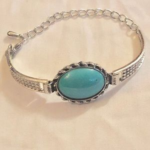 Brand new Turquoise stone bracelet